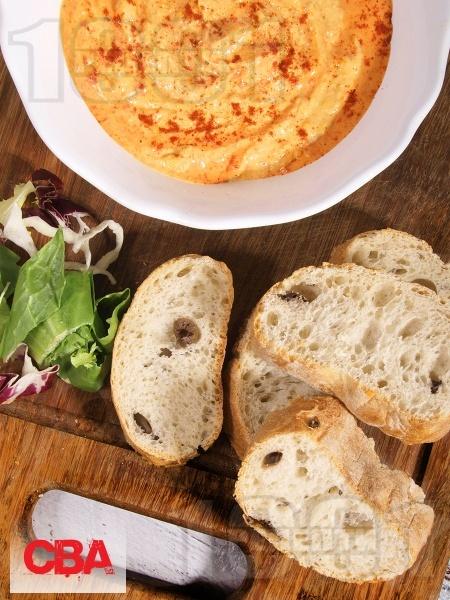 Домашен хумус с нахут и сусамов тахан - снимка на рецептата